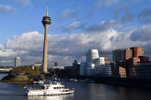 Dusseldorfboat